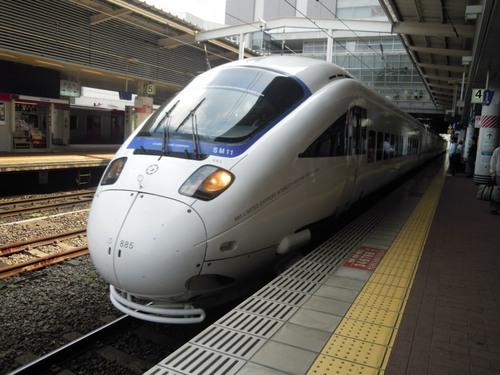 かもめ号(博多駅にて).jpg