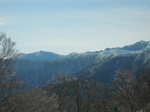 和佐又山から釈迦ヶ岳方面を望む.jpg