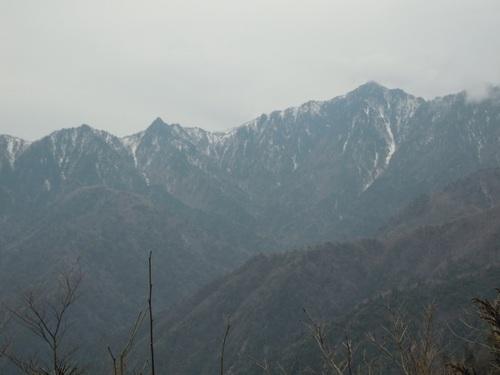 大日岳(左)と釈迦ヶ岳(右).jpg