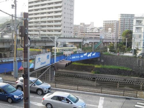 大橋を渡る市電と長崎線.jpg
