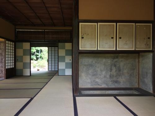 桂離宮といえば松琴亭のこの大胆な市松模様.jpg