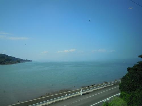 車窓から望む有明海.jpg