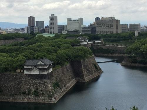 雨上がりの大阪城西の丸.jpg