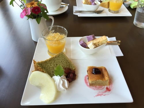 HOTORI*CAFE のカフェプレート.JPG